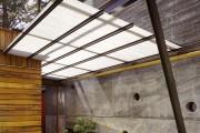 Фото 1 Козырьки из поликарбоната над крыльцом (55 фото): привлекательно, эстетично и практично