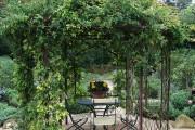 Фото 33 Красивые и простые садовые беседки: 70 фото