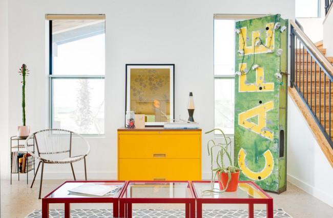 """Краска для стен в квартире. Алкидные краски - не """"дышащие"""", и лучше всего подходят для антикоррозионной окраски металлических поверхностей"""