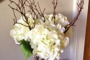 Фото 27 Искусственные цветы для домашнего интерьера: как эффектно украсить жилище