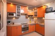 Фото 2 Оранжевые кухни: особенности цветовых комбинаций для энергичных интерьеров