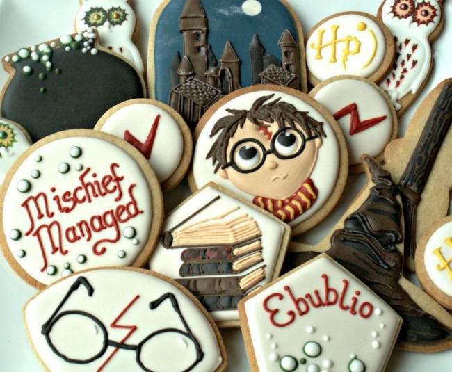 Печенье с тематическими изображениями в стиле Гарри Поттера - яркая изюминка праздничного стола