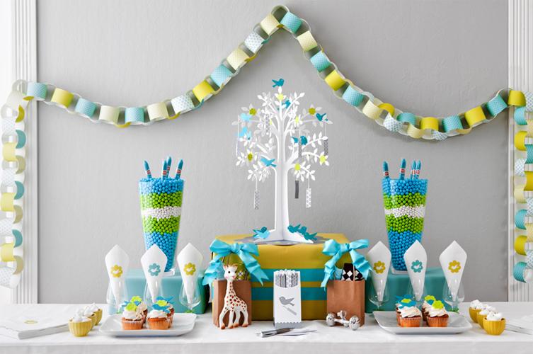 Как красиво украсить комнату к дню рождения ребенка 1 год своими руками