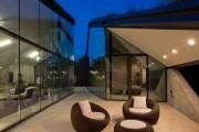 Фото 4 Edgeland House: урбанистическая землянка от студии Bercy Chen