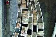 Фото 3 Книжные шкафы и библиотеки для дома: как выбрать и разместить правильно