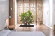 Фото 14 Дверь-гармошка: плюсы-минусы, этапы установки и 65+ стильных вариантов в интерьере