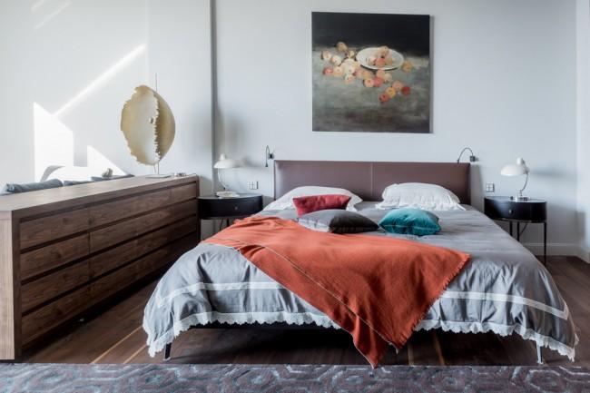 Спальня выдержанная в стиле Моне
