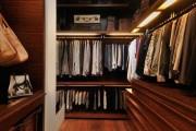 Фото 9 Место всегда найдется: 70+ восхитительно практичных идей переделки гардеробной из кладовки