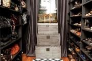 Фото 12 Место всегда найдется: 70+ восхитительно практичных идей переделки гардеробной из кладовки