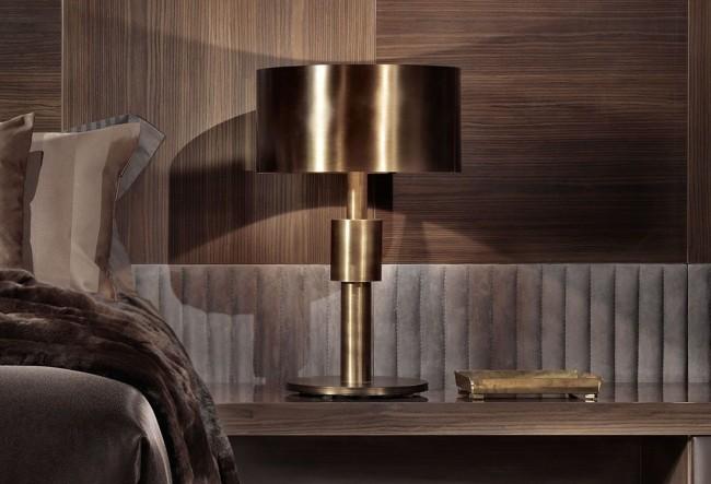 Темное дерево, велюр и бронзовый светильник - элементы, рождающие симфонию роскоши