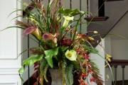 Фото 9 Искусственные цветы для домашнего интерьера: как эффектно украсить жилище