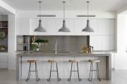 Фото 18 Белая кухня в интерьере: 75+ роскошных классических интерьеров и лучшие цветовые сочетания с белым