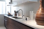 Фото 11 Белая кухня в интерьере: 75+ роскошных классических интерьеров и лучшие цветовые сочетания с белым