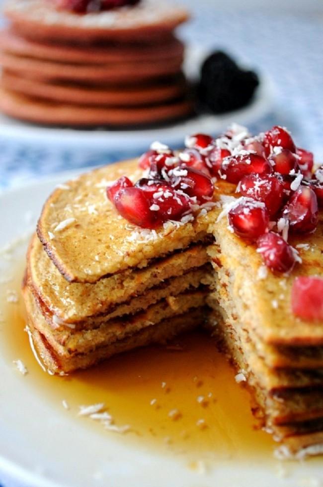 С помощью погружного блендера вы за пару минут сможете приготовить вкусный и питательный завтрак