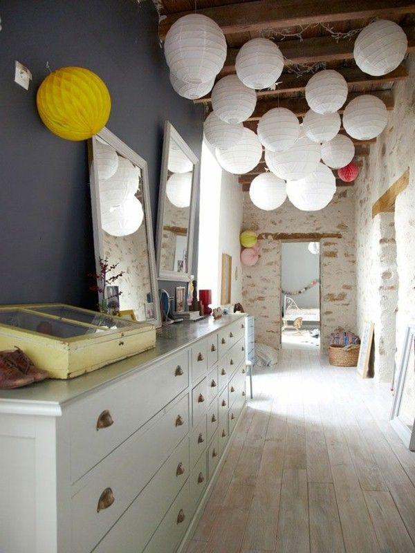 Необычное решение для потолка в прихожей удивит ваших гостей