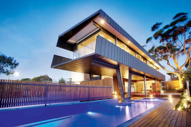 Великолепный дом в стиле хай-тек