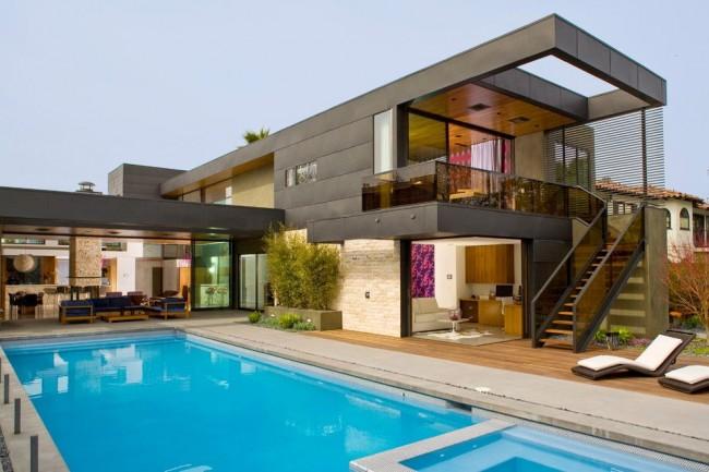 Строительство хай-тек дома требует значительных финансовых затрат