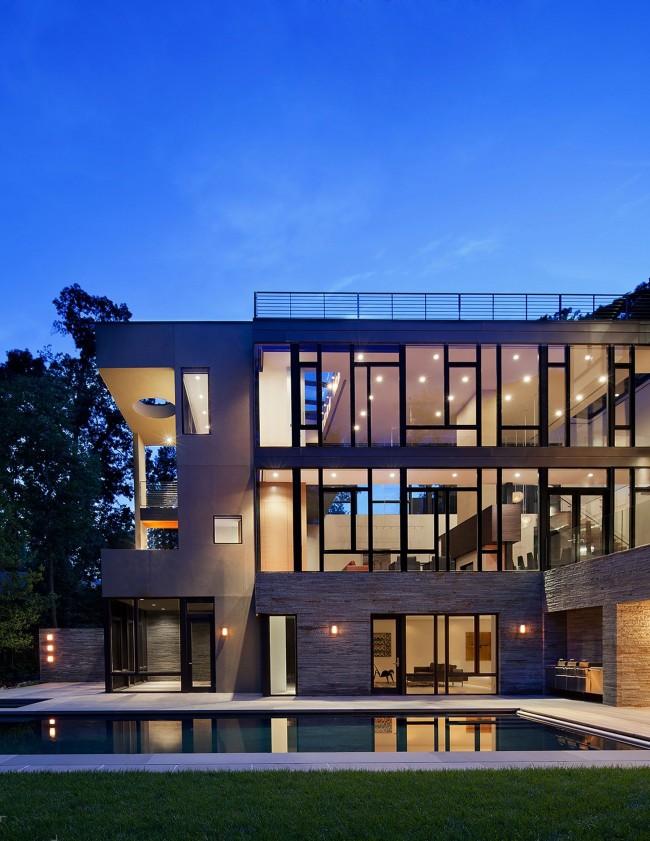 Замечательный просторный дом в стиле хай-тек