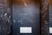 Фото 7 75+ идей доски для мела в интерьере: модно, удобно и функционально