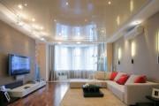 Фото 17 Двухуровневые натяжные потолки для зала (47 фото): материалы, форма, цвет