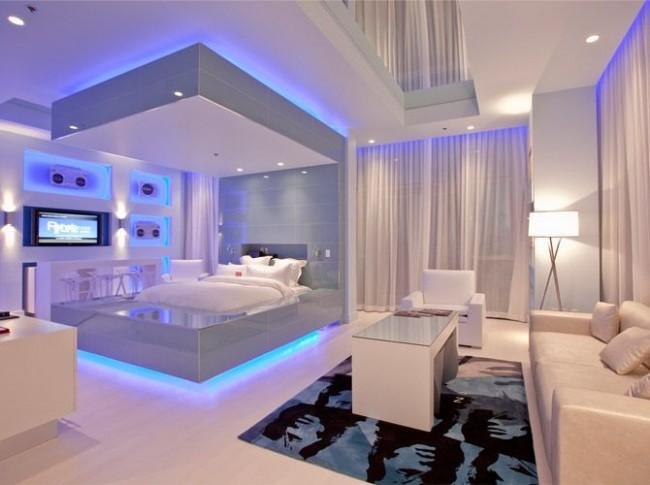Спальня хай-тек может быть очень романтичной