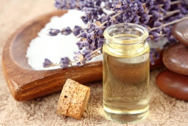 Эффективными будут ароматические масла с резким запахом
