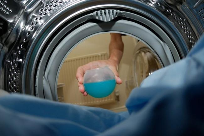 Порошок, содержащий чересчур много химических компонентов, также может стать источником загрязнения стиральной машины