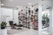Фото 39 Книжные шкафы и библиотеки для дома: как выбрать и разместить правильно