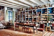 Фото 23 Книжные шкафы и библиотеки для дома: как выбрать и разместить правильно