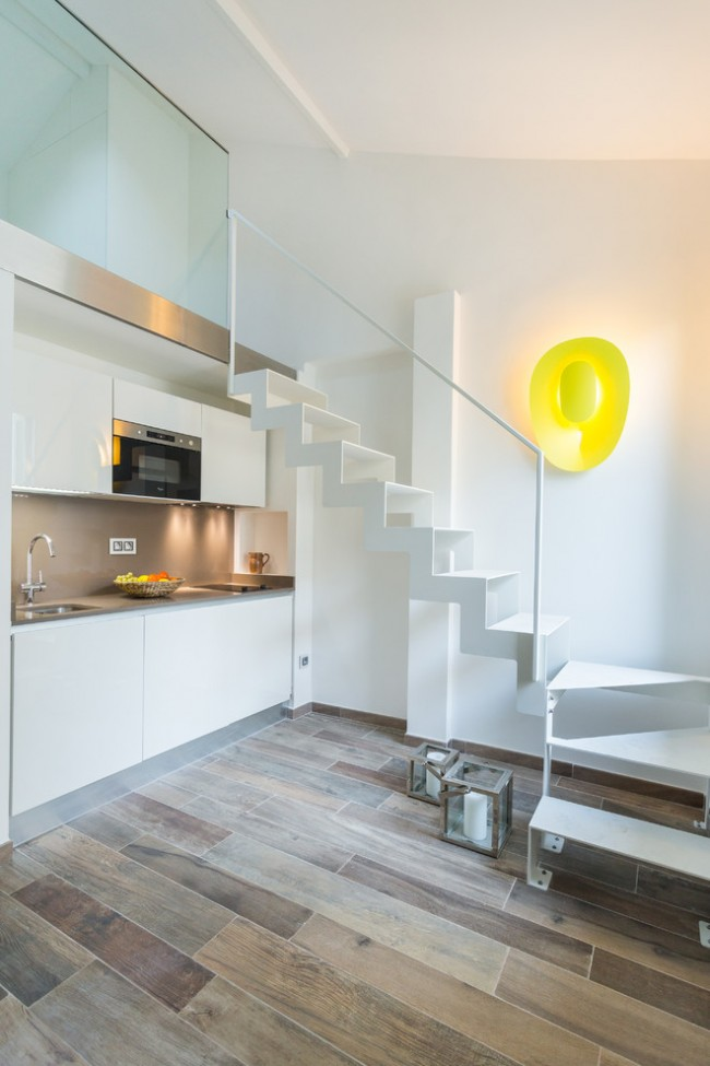 Контрастный ламинат на кухне в стиле хай тек