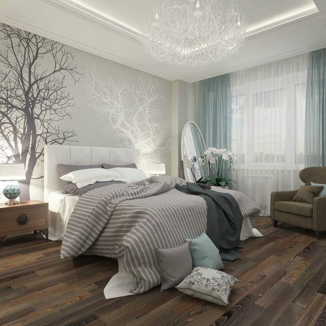 Светлые обои добавляют воздушности этой спальне