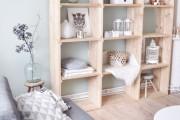Фото 7 Стеллажи для дома без задней стенки: обзор недорогих и лаконичных моделей в интерьере