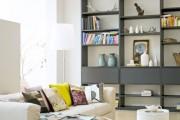 Фото 13 Стеллажи для дома без задней стенки: обзор недорогих и лаконичных моделей в интерьере