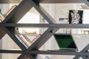 Фото 29 Стеллажи для дома без задней стенки: расширяем границы пространства