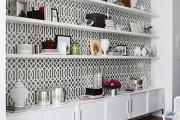 Фото 30 Стеллажи для дома без задней стенки: обзор недорогих и лаконичных моделей в интерьере