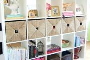Фото 35 Стеллажи для дома без задней стенки: обзор недорогих и лаконичных моделей в интерьере