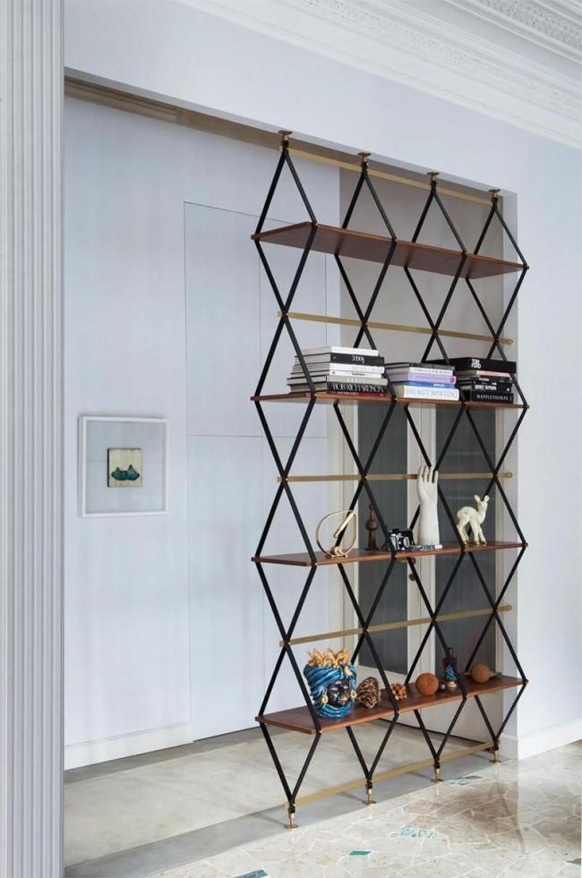 Благодаря тому, что в конструкции не предусмотрены стенки и дверцы, он не загромождает пространство, а создает ощущение легкости