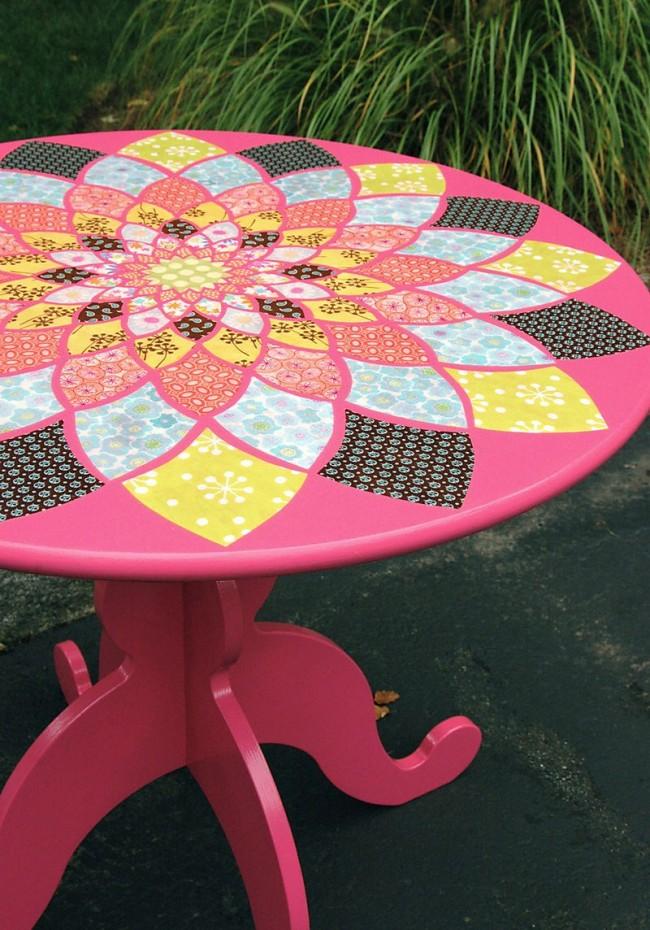 Яркие цвета и четкие линии в декупаже подходят для создания уникальных предметов интерьера и мебели в стиле китч