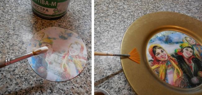 Шаг 3. Приклеиваем рисунок ко дну тарелки. Шаг 4. Покрываем тарелку вокруг рисунка кракелюром