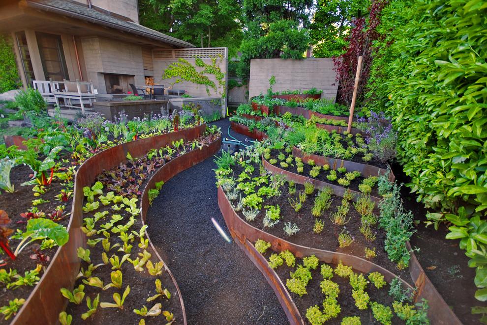 Дизайн своими руками в огороде