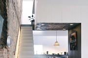 Фото 6 Лестница на второй этаж (120 фото): современные варианты оформления в частном доме