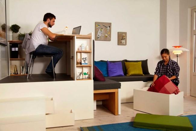 """Комплект мебели """"Матрешка"""", который размещает на 15 кв. метрах гостиную, столовую, домашний офис и спальню"""