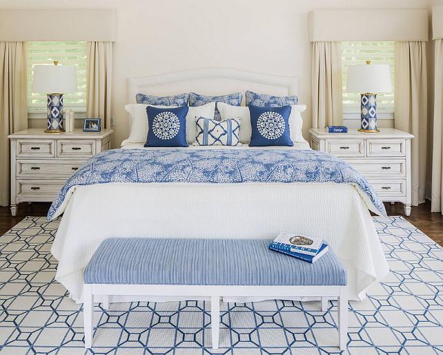 Как должна стоять кровать в спальне