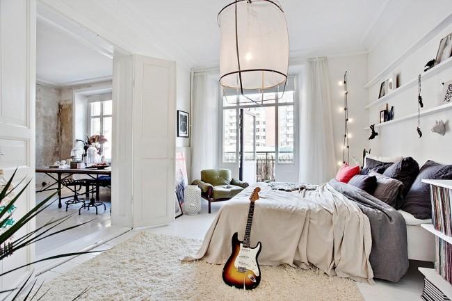 Удачно расположенная мебель в комнате поможет сэкономить пространство