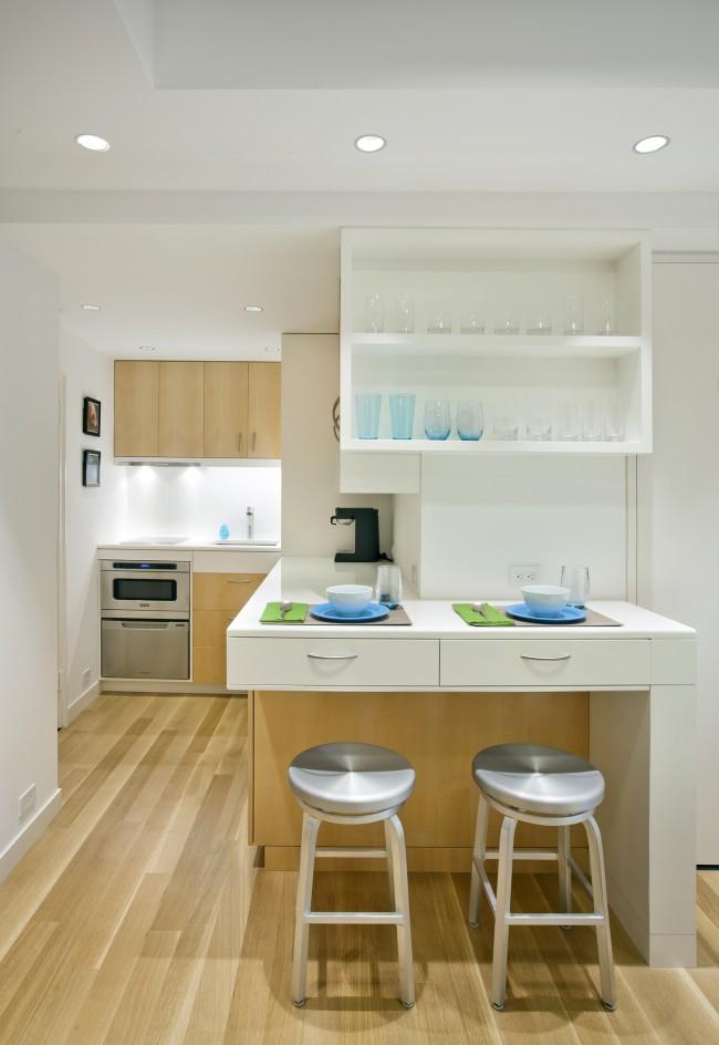 Точечное освещение наиболее подходит для небольшого помещения