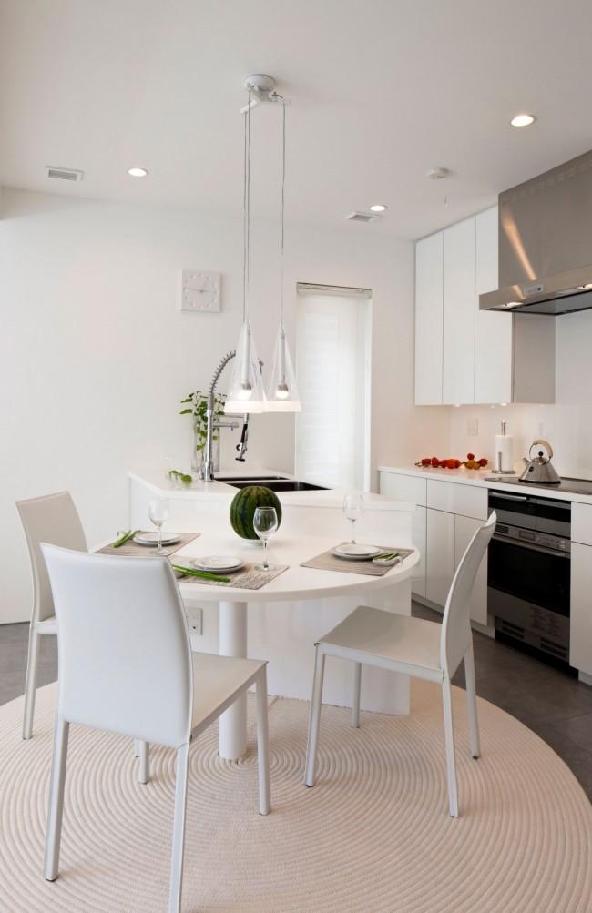 Благородный белоснежный цвет - отличное решение для небольшой комнаты