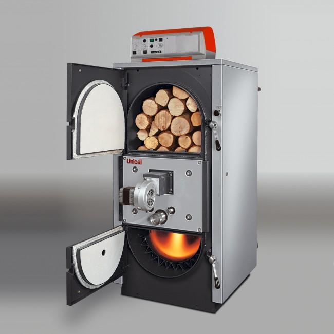 Комбинированный котел, работающий на газу и дровах