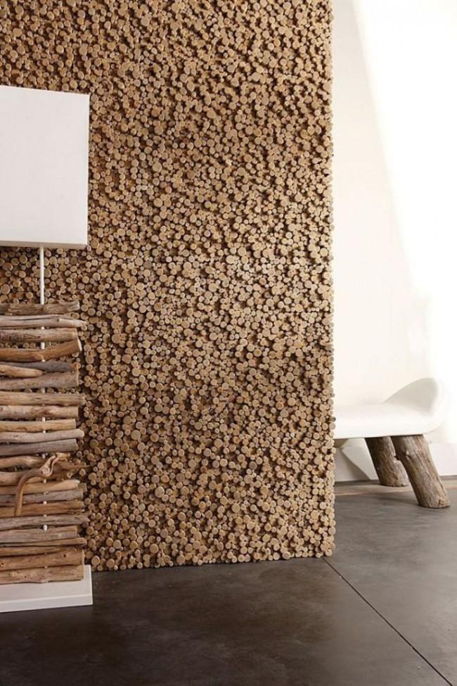 Для производства декоративных панелей чаще всего используют «живые» и дышащие материалы