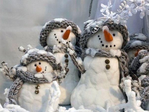 Снеговички из ваты - это просто и красиво