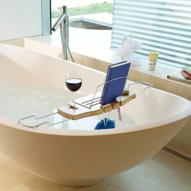 Удобная подставка для ванной полезна для тех, кто любит долго нежиться в ванной